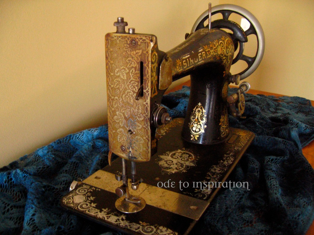 Identify singer sewing machine by key generator