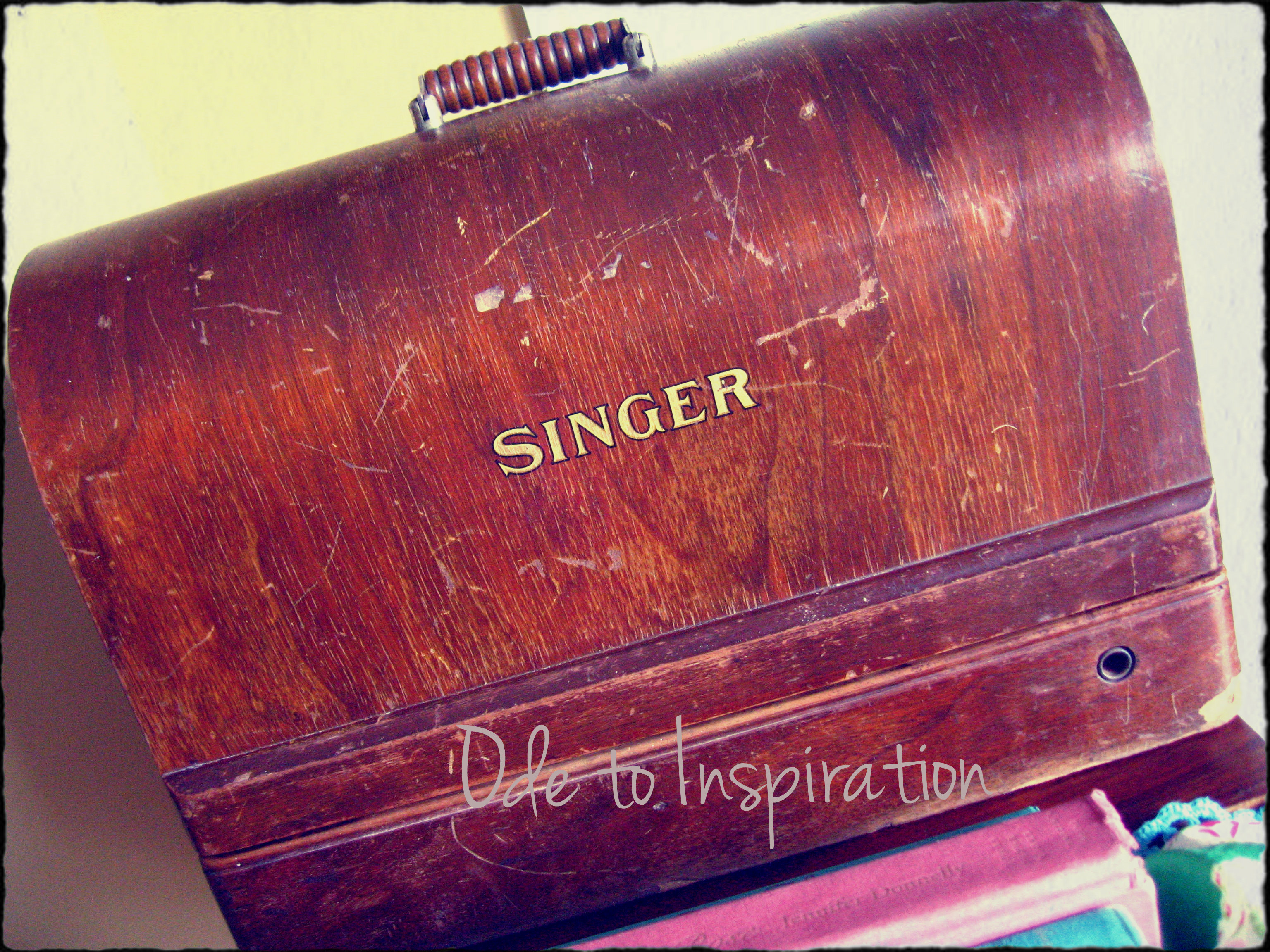 Yup! A vintage Singer sewing machine. & Another Vintage Sewing Machine! | Ode to Inspiration Aboutintivar.Com