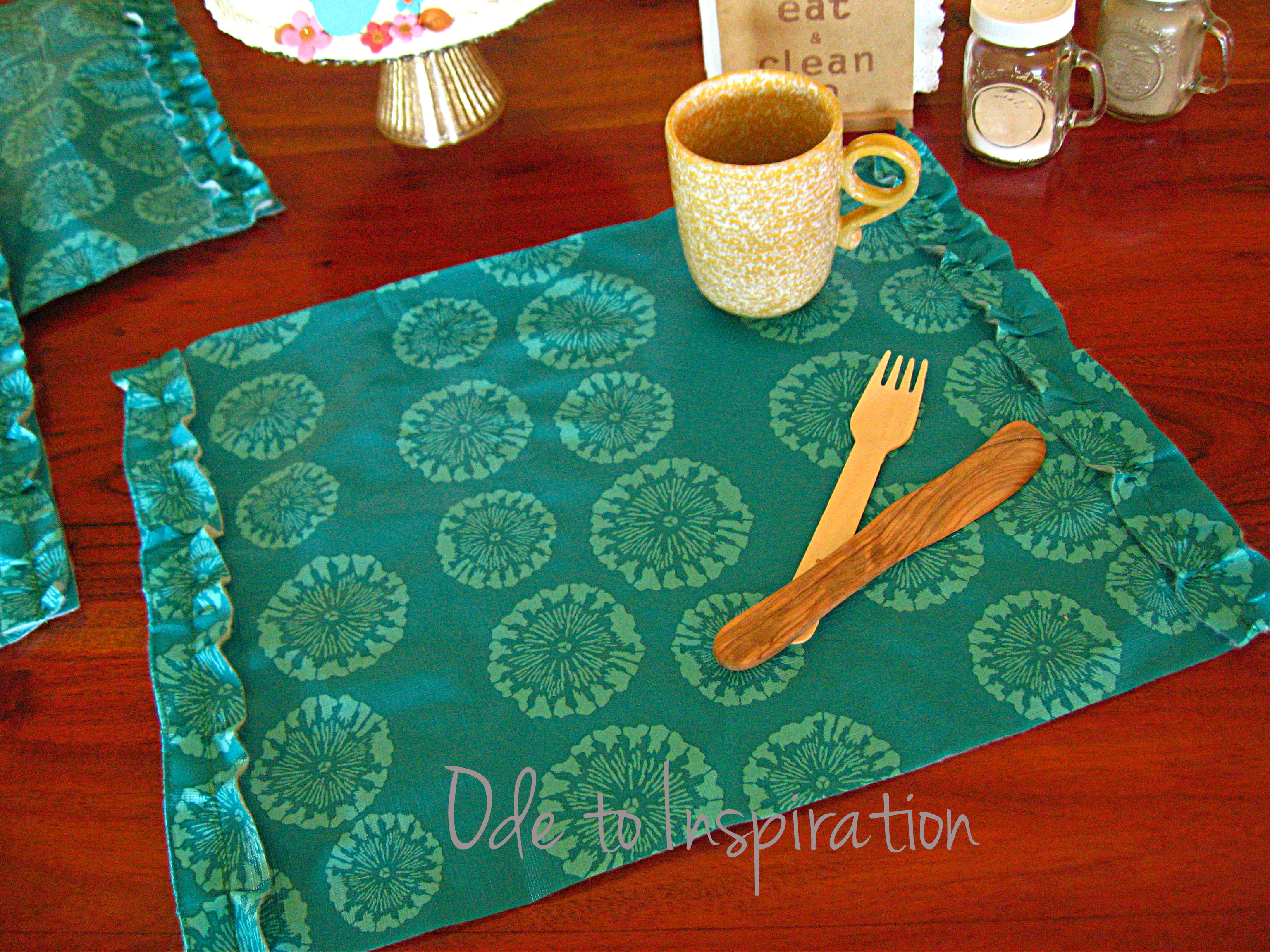Popular Tablecloth Turned Placemats | Ode to Inspiration DU23